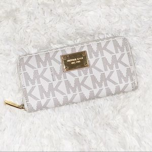Michael kors signature zip around wallet white